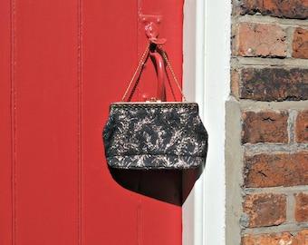1950s lurex handbag | 50s purse | vintage evening bag | black and gold purse | 1950s accessories
