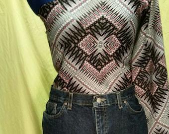 Pink/black/grey geometric patterned one sleeve shirt. Sz M