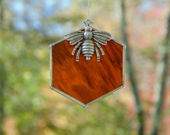 Stained glass bee suncatcher, beehive honeycomb, queen bee ornament, home decor, bee keeping gift, bee decorations, bumble bee hive