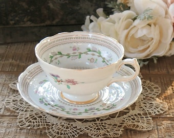 Spode Craigavon Lavender Footed Tea Cup and Saucer Set, English Bone China Tea Set for Weddings, Bridesmaid Luncheon, Tea Parties