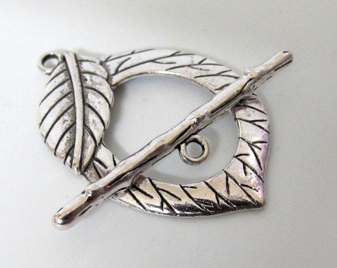 Silver tone large leaf shape Toggle clasp - 1 set - BD345C