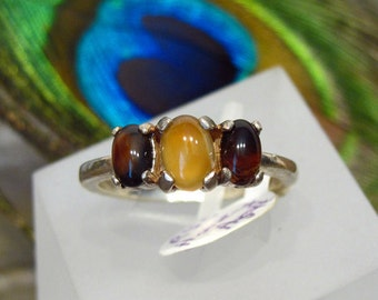 Maroon & Gold Ring: Honey Agate Flanked by Two Brown Agates Sterling Silver Ring - Size 8