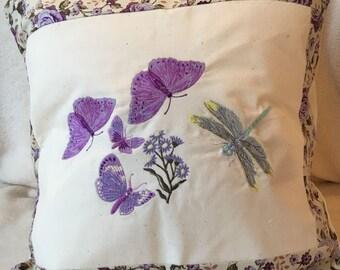 Cushion - wildlife and nature