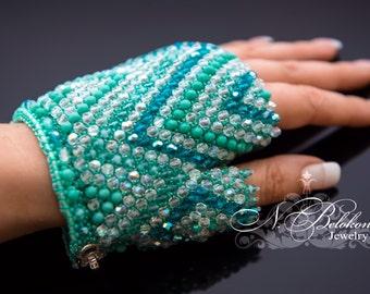 Mint Bridal crystal czesh mittens. Beaded mint mittens. Wedding glove beadwork. Mint color wedding.