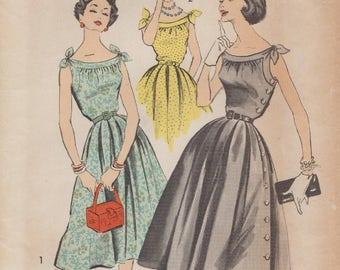 Advance 8295 / Vintage 50s Sewing Pattern / Dress Sundress / Size 10 Bust 31