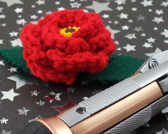 Amy Pond - Crocheted Rose Bar Pin - Red with a Sunflower (SWG-PS-DWAP01)