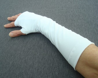 SUN SLEEVES for UV  Protection on the Arms and Hands