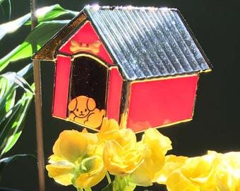 Dog House 1 Plant Stake