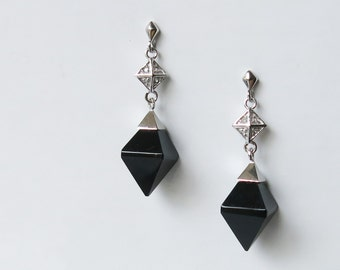 Sterling silver earrings with diamond-shaped black onyx