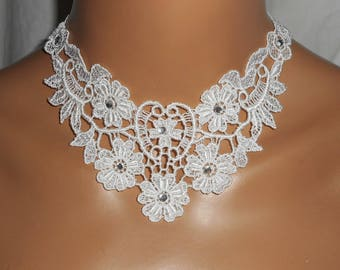 Ceremony necklace large white lace with Swarovski Crystal