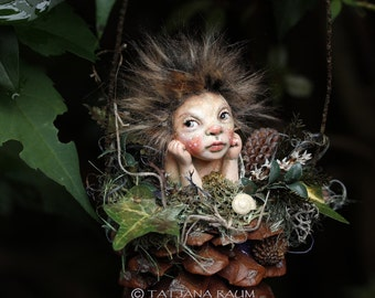 Pixie girl Gitti, handmade decoration, Zapfenkind, pine cone