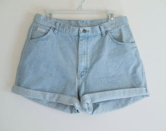 90s Wrangler Jeans High Waisted Denim Shorts Made in U.S.A.