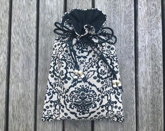 Lace Damask Tarot / Oracle Bag Lined with Black Dupion Silk