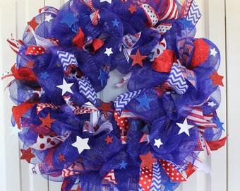 Large Patriotic 4th of July Deco Mesh Wreath.   Red, White, and Blue Sparkle wreath. USA decor.  Stars and Stripes Wreath. 4th of July Decor