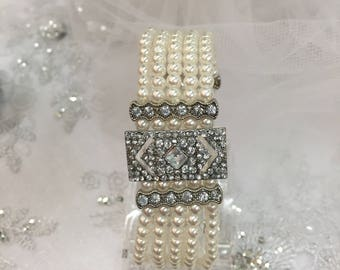 BLANCHE - Pearl and Silver Crystal Bracelet
