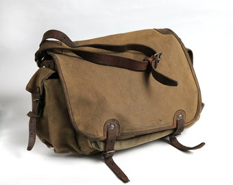 Distressed Canvas Leather Military Bag, Green Color Messenger Crossbody Bag, Vintage Shoulder Army Bag, School bag, military canvas bag
