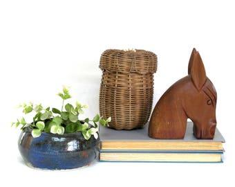 vintage carved wood horse head shelfie bookend accessory figural