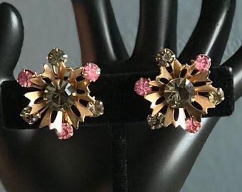 Vintage Snowflake rhinestone earrings