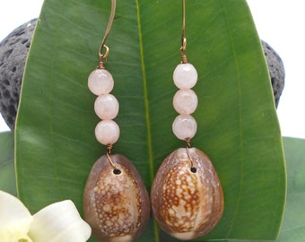 Shell Earrings,Cowrie Shell Earrings, Beach Jewelry, Sea Shell Earrings, Beach Wedding, Dangle Earrings