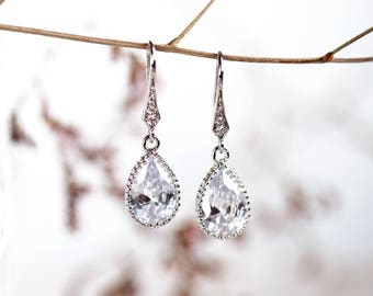 Bridal crystal drop earrings Wedding jewellery Silver crystal earrings Wedding earrings Bridal earrings crystal Teardrop earrings 641