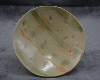 Ceramic plate/shallow bowl