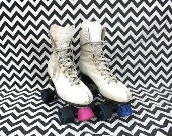 Vintage 80s Roller Skates.  Womens Size 8 White Retro Roller Derby Skates.  Rare Retro 1980s Womens Roller Skates.Size 8 Roller Skates