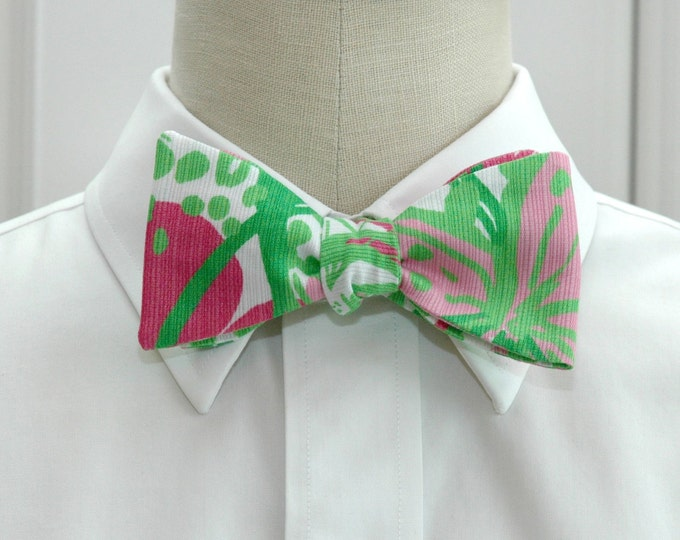 Men's Bow Tie, In the Garden Lilly print, green/pink/white bow tie, wedding bow tie, groom/groomsmen bow tie, prom bow tie, tuxedo accessory