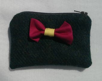 Coin Purse, Green Tweed with Pretty Pink Bow