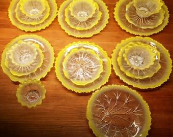 Yellow Indiana Glass Plate Set - Pebble Leaf Pattern