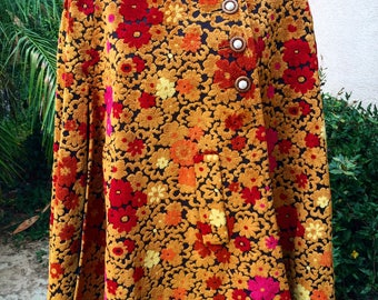 1960's Floral Print Tapestry Cape