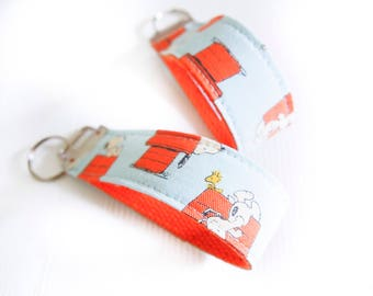 Key Fob Wristlet Key Chain - Snoopy