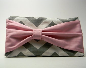 Grey Chevron Bow Clutch with Pink Bow