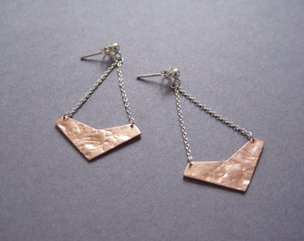 Large rose gold-plated double silver chain textured geo earrings