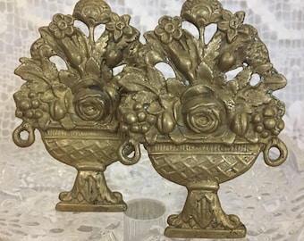 Vintage Gold Tone Floral Basket Curtain Tiebacks/Drapery Holders French Country/Victorian Style