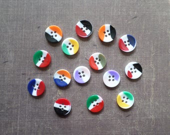40 buttons white multicolor 1,2 cm