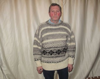 Handknitted fair isle chunky oversized sweater/jumper/pullover, size large