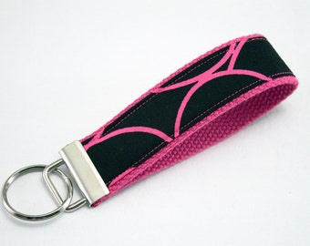 Fabric Key Fob, Key Chain, Key Ring, Key Holder, Wristlet Key Fob, Wristlet Keychain, Fabric Key fobs-Pink swirls