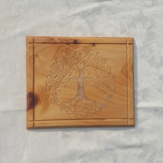 Made to order - Celtic knot Tree of Life with stone inlay