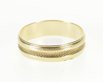 14k Crosshatch Pattern Grooved Trim Wedding Band Ring Gold