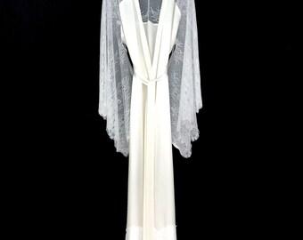Brides silk robe, lace brides robe, silk kimono, wedding day robe, brides robe, brides lace robe, pure silk robe, full length robe