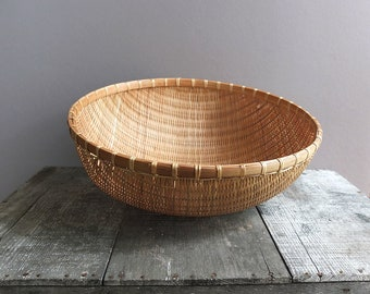 Vintage Bamboo Harvest Basket / Wall Hanging Basket / Bread Basket / Fruit Basket / Split Bamboo Basket