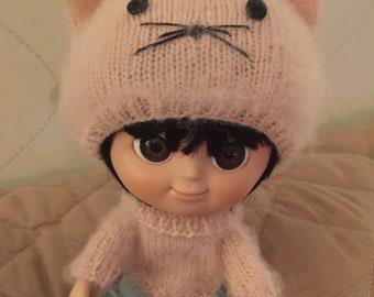 Mini Mui-chan Kitty hat and sweater pink