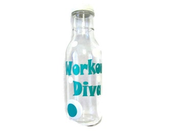 DESTASH Glass Bottle with Dots and Workout Diva in Vinyl, Glass Bottle, VInyl Decal, Screw on Lid, Water Bottle, Work Out Bottle