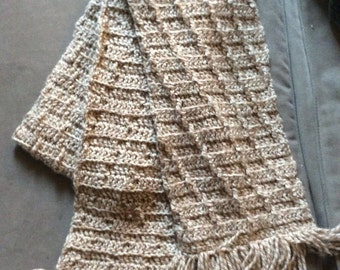 Fringed textured scarf