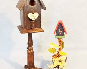 Vintage Decorative Birdhouse Accent Pieces