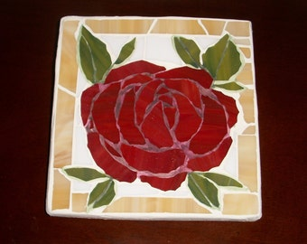 6x5.75 inch Red Rose Mosaic Wall Art Plaque,Roses,flowers,glass on wood,hand cut,flower,Shabby Chic,Country,Romantic,Floral,Pastel,pastels