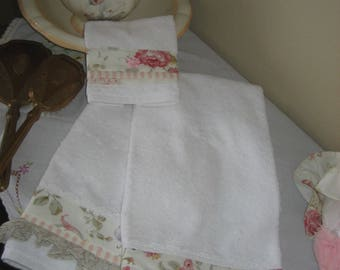 Cottage Seaside Roses Guest Towel Set of 3!