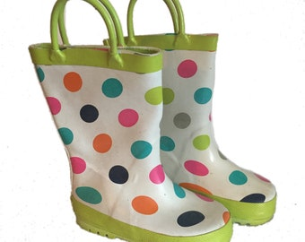 Polka dots rain boots