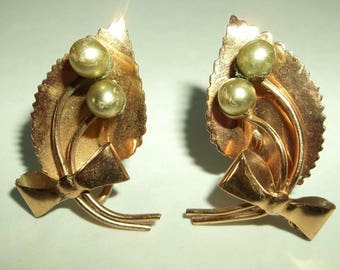 Retro Copper  Leaf Bow Pearl Screwback earrings