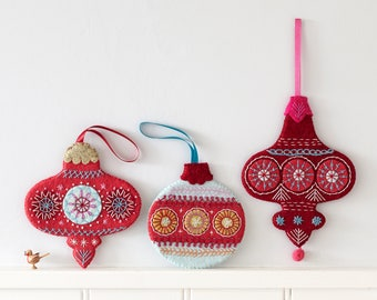 Flat Christmas Bauble Tutorial Download